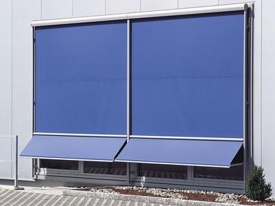 Маркиза на окно